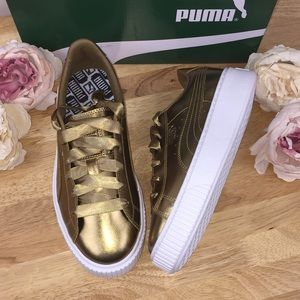 Puma Gold Metallic Lace Up Sneakers 8M
